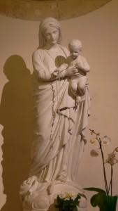 Statue_de_la_vierge_marie_de_Garches